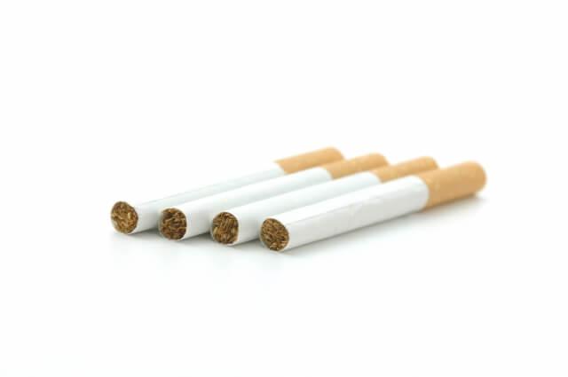 4本の煙草